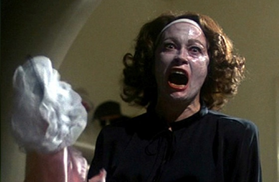 Faye Dunaway stars as the demented Joan Crawford